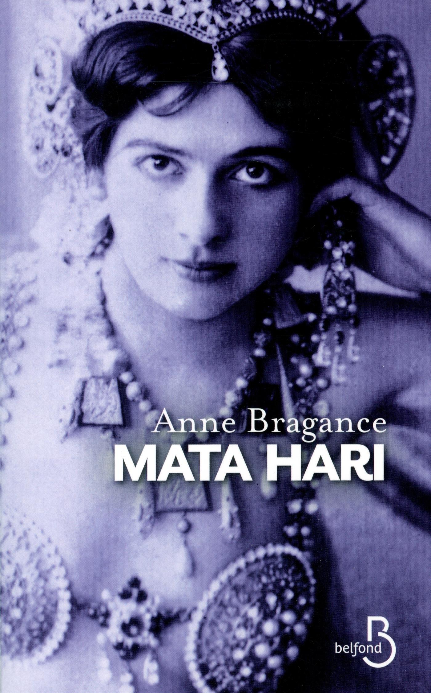 Mata Hari: La poudre aux yeux Couverture du livre