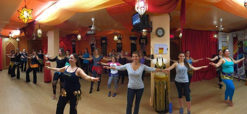 Journée portes ouvertes de notre école de danse orientale. Cours de baladi gratuit.